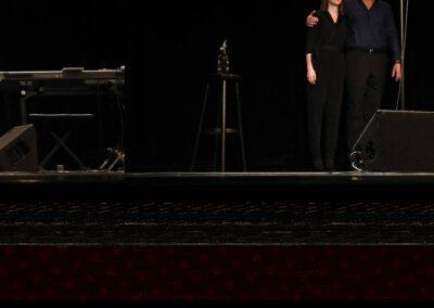 Romy Graske als Frau Rechtsanwältin, die Künstlerin
